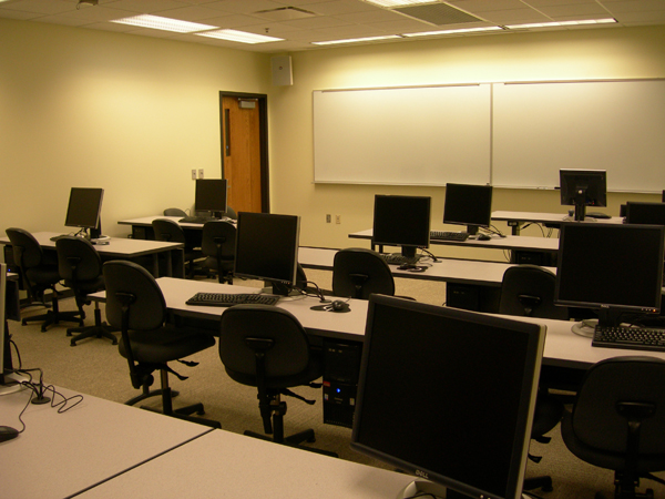 One of the computer classrooms (Rooms 141 and 142)