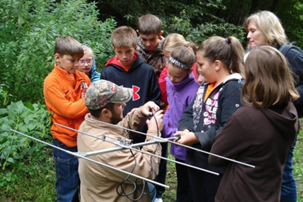 Wildlife Club teaching at Ponca State Park